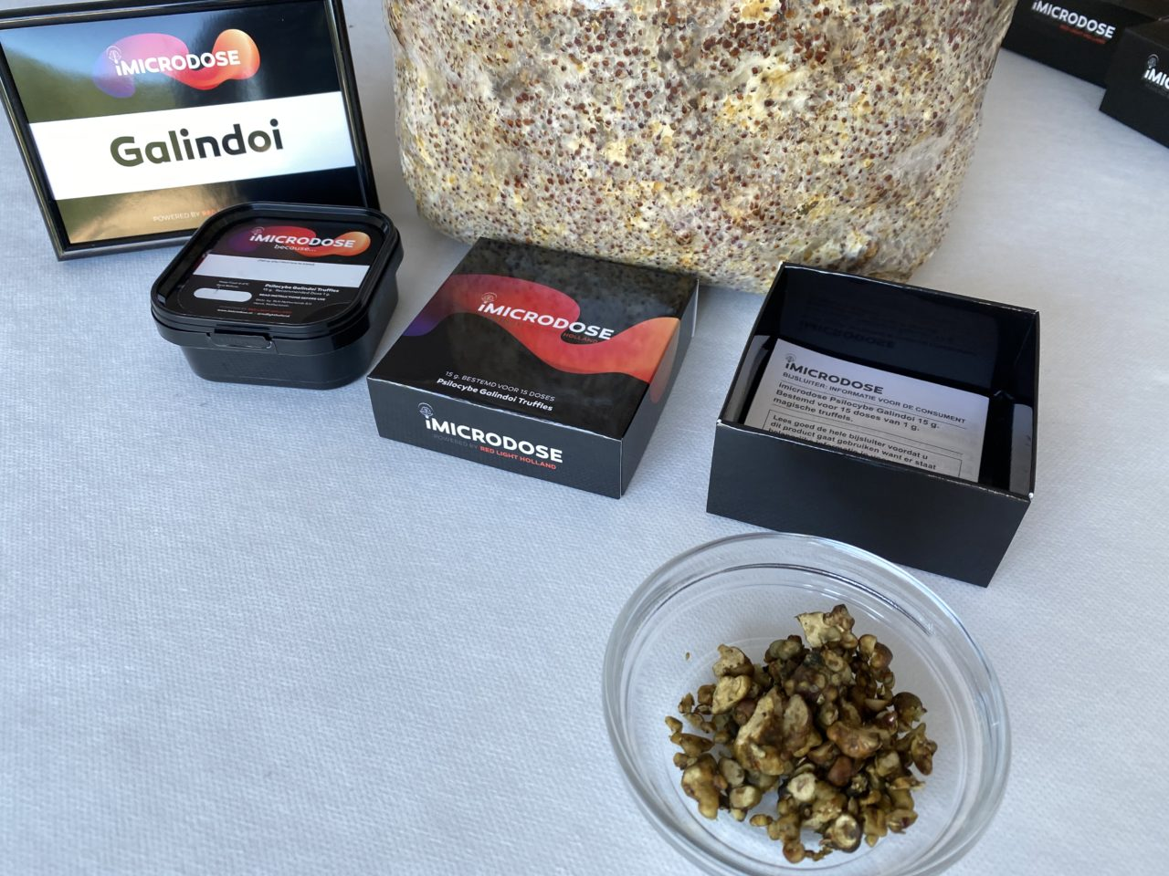 Red Light Holland Launches Magic Truffle Retail Sales