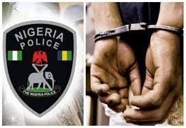 Nigerian Police, Handcuffs